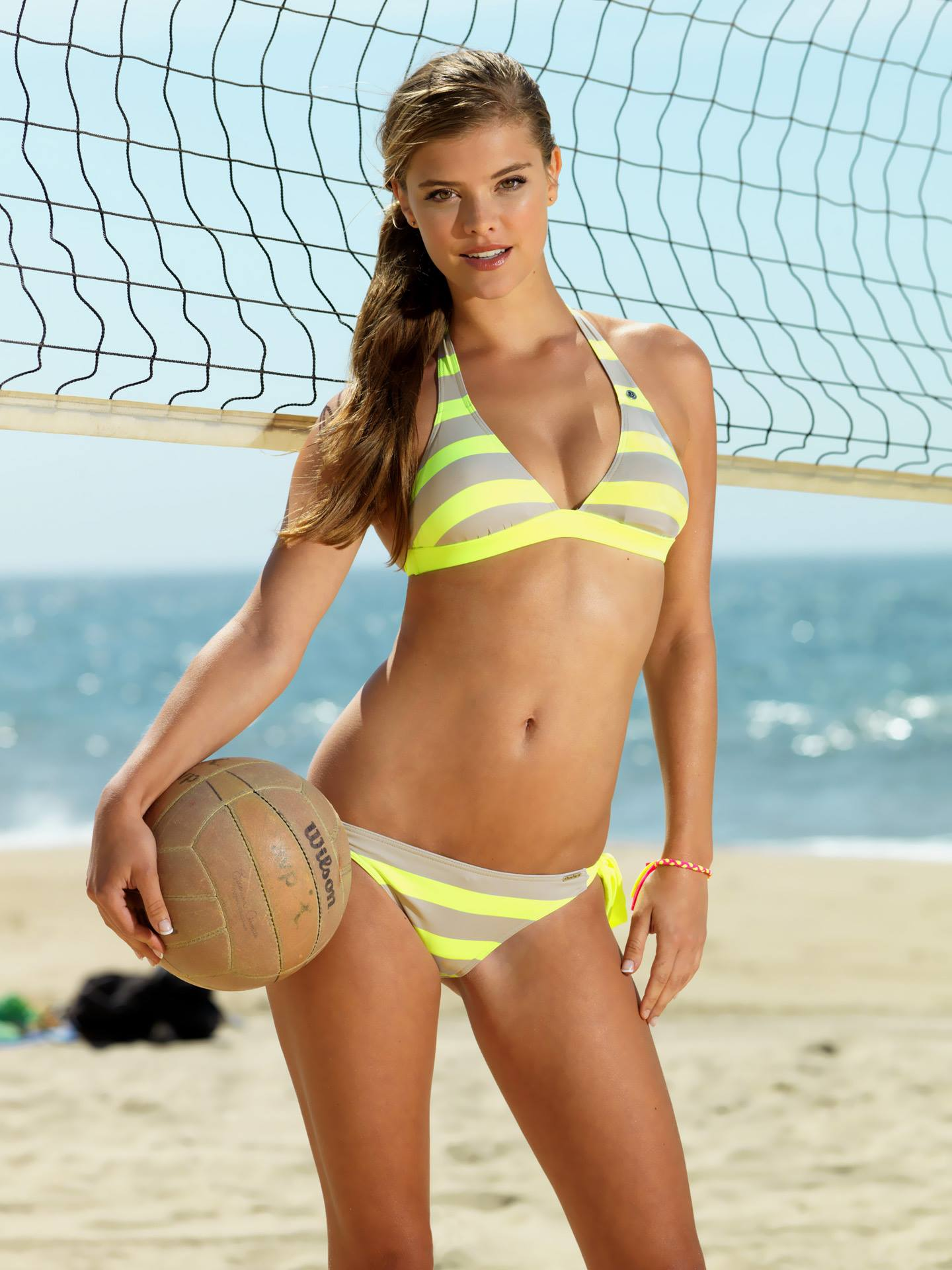 nina-agdal-banana-moon-spring-summer-2014-set-3-01